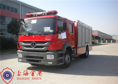 Cina Enam Kursi Foam Fire Truck Benz Chassis Wheelbase 4500mm Dengan Sistem Air Conditioner pabrik